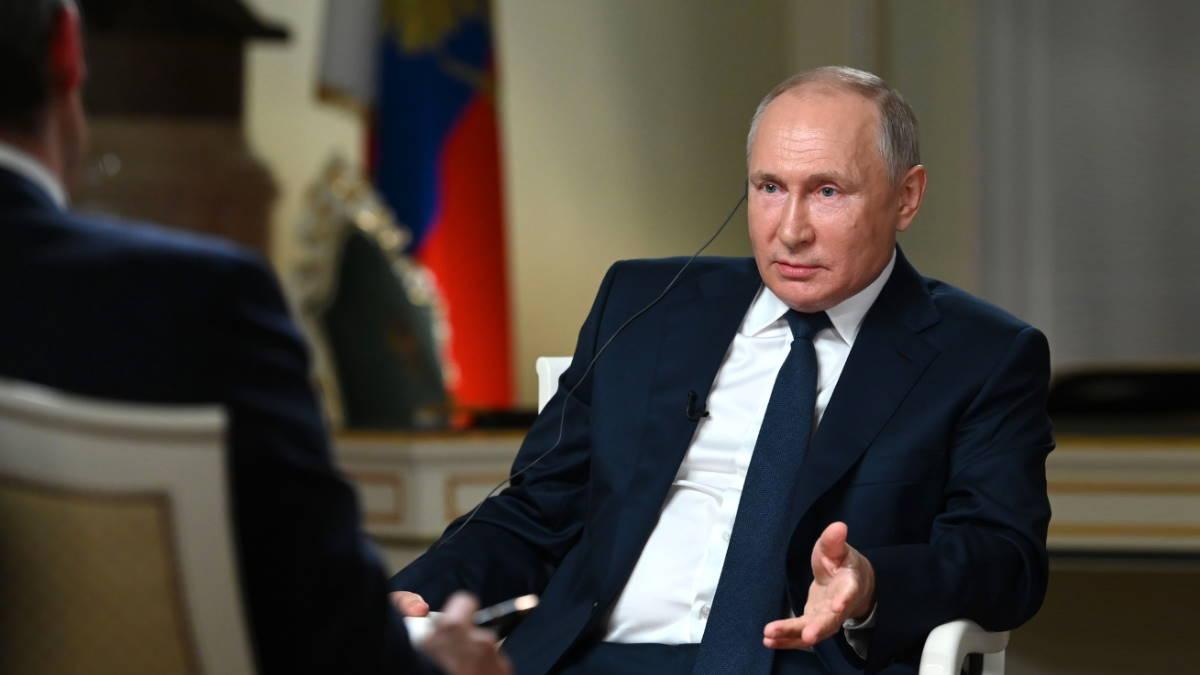 Путин потребовал от репортера NBC не затыкать ему рот