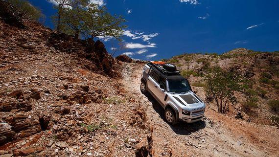 Land Rover рассказала о характеристиках нового Defender