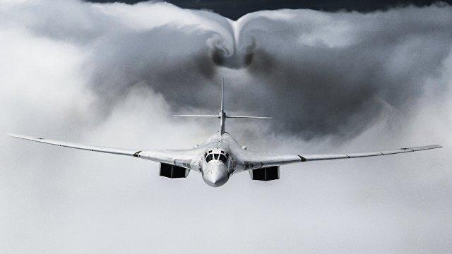 Возрождение бомбардировщика Ту-160: первый полет с новыми двигателями показал, что данный самолет будет востребован в боевых действиях еще как минимум 30 лет (Sina, Китай)