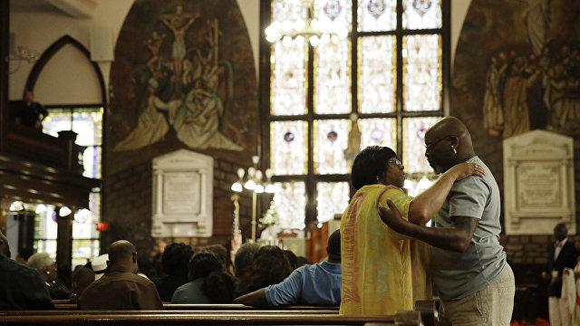 «Amen and a-woman»: молитва, прозвучавшая на заседании Палаты представителей, стала гендерно-инклюзивной (Washington Examiner, США)