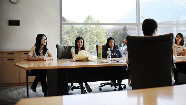 Помпео: Китай проникает в наши органы власти, бизнес и учебные заведения (Breitbart, США)