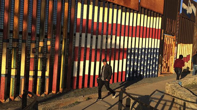 Пресса США и ФРГ о миграционном кризисе в США: «Детей оставляют под открытым небом на целые дни и недели, они спят посреди испражнений»