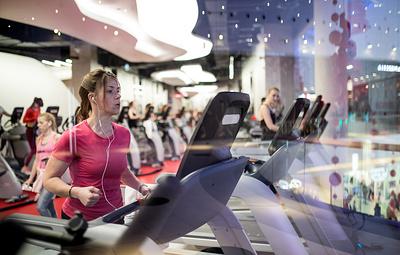 'Ъ': абонементы в фитнес-клубы в России могут подорожать на 7-10%