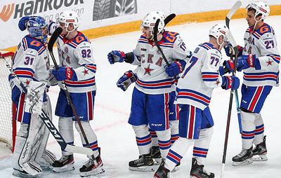 СКА разгромил 'Спартак' и вместе с 'Локомотивом' вышел в плей-офф КХЛ