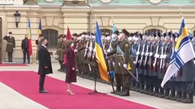 Зеленский похвалил президента Молдавии: не боится называть Крым украинским (Українська правда, Украина)