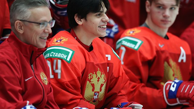 США – Россия: в матче-открытии молодежного чемпионата мира американцы собрались и почти сравняли счет, но все равно проиграли (Sporting News, США)