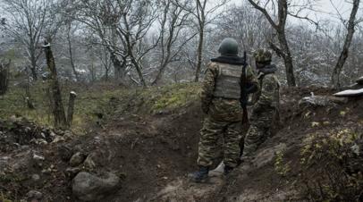 Родные пропавших без вести в Карабахе прорвались к зданию Минобороны Армении