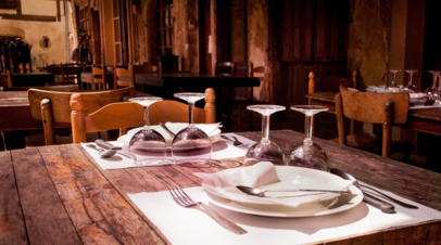 Беглов поручил разработать меры поддержки ресторанов Петербурга