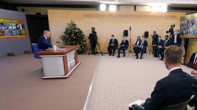 Путин пообещал разобраться с неполучением надбавок медиками