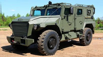 «Универсальная платформа»: какими преимуществами обладает новый российский бронеавтомобиль «Атлет»