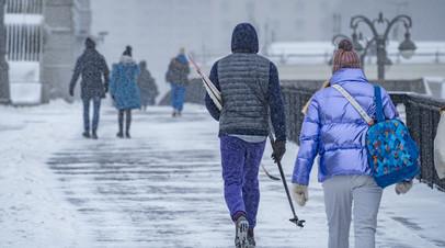 Инфекционист дала прогноз по возвращению к привычной жизни в России