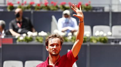 Медведев проиграл Гарину и вылетел из турнира категории «Мастерс» в Мадриде