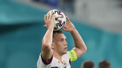 Писарев считает, что Дзюба может неадекватно отреагировать на замену в матче с Финляндией