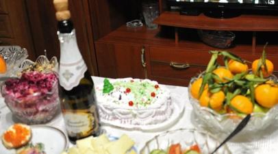 Диетолог рассказала, как вернуться к режиму питания после праздников