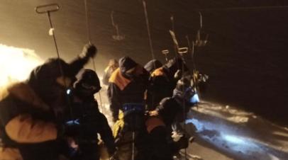 Ещё двое туристов после схода лавины в КЧР найдены живыми