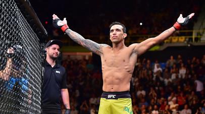 Бразильский боец UFC заявил о желании драться за титул Нурмагомедова