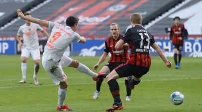 «Бавария» уступила «Айнтрахту» в 22-м туре Бундеслиги