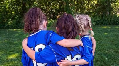 РФС совместно с УЕФА и Disney запустил программу футбольных тренировок для девочек