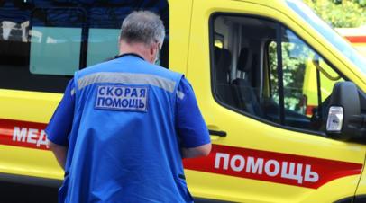 Два человека погибли после падения автомобиля в реку на Кубани