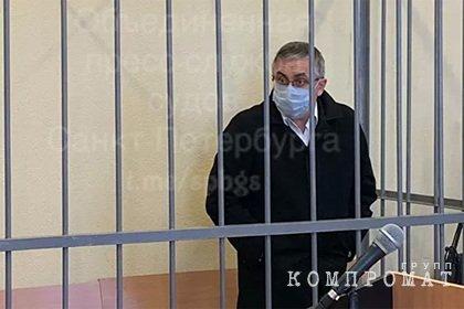 Обвиняемый в убийстве жены главный нефролог Петербурга уволился