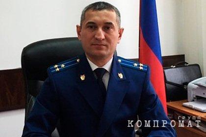 ФСБ задержала прокурора со взяткой от похоронных компаний