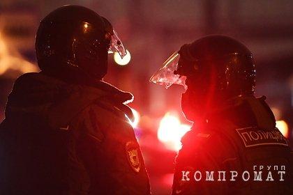 Прокуратура проверит инцидент с женщиной и силовиком в Петербурге