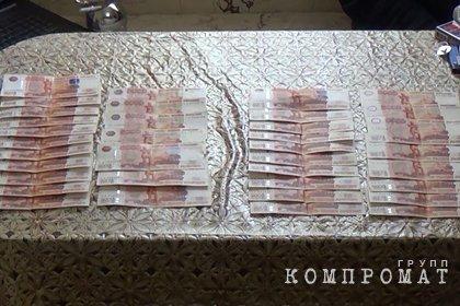 Российскому слесарю пообещали проститутку и обманули на 200 тысяч рублей