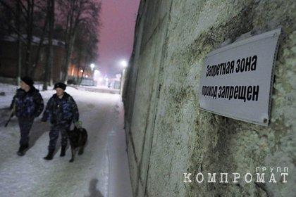 В российской колонии для бывших силовиков рухнул лифт с заключенными