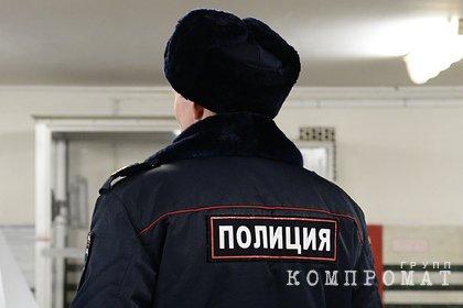 Российский полицейский во время пожара спас трех человек и собаку