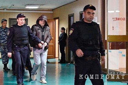 Расстрелявший полицейских в метро россиянин заявил о подброшенных ему деньгах