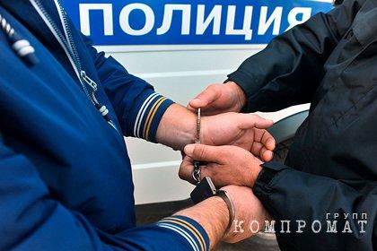 В машине пьяного водителя в Петербурге нашли тело с перерезанным горлом