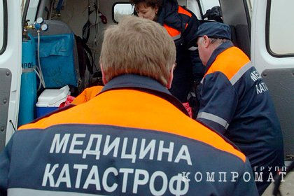 Один человек погиб после аварии с опрокинувшимся автобусом в Ростовской области