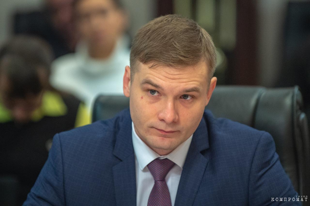 Силовики подбираются к губернатору Коновалову?