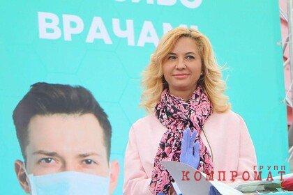 Сбежавшая за границу российская экс-министр позвонила следователям