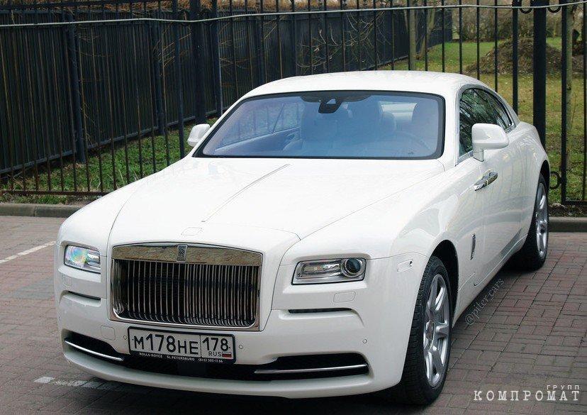 Бюджет Петербурга обменяли на пару Rolls-Royce