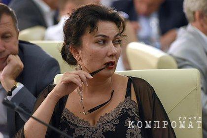 Аксенов решил судьбу матерившейся на совещании министра культуры Крыма