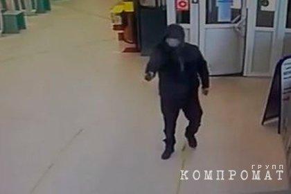 Россиянин получил семь лет за стрельбу из пистолета в заполненном супермаркете