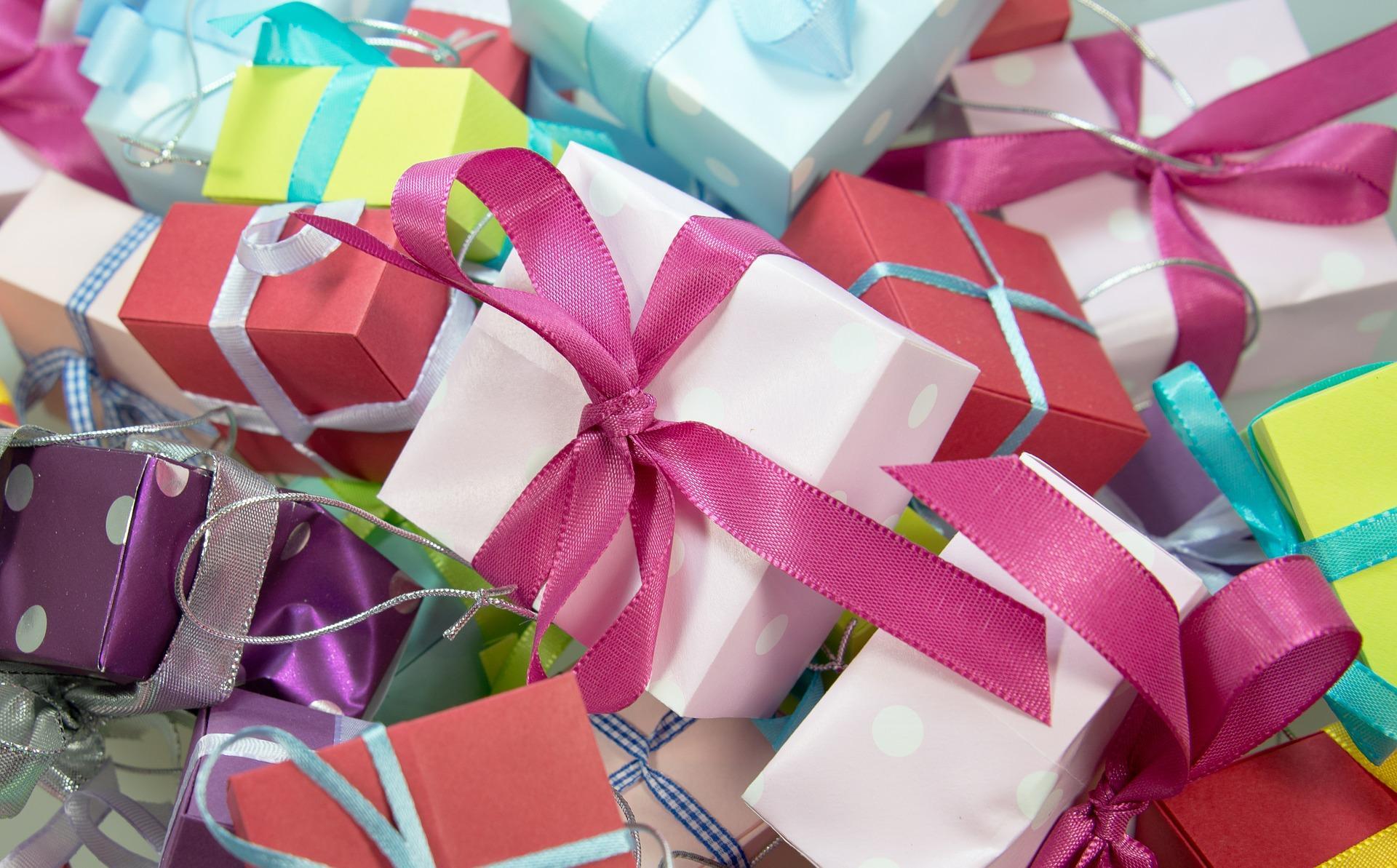 8 идей подарков к Новому году любителю гаджетов и технологий