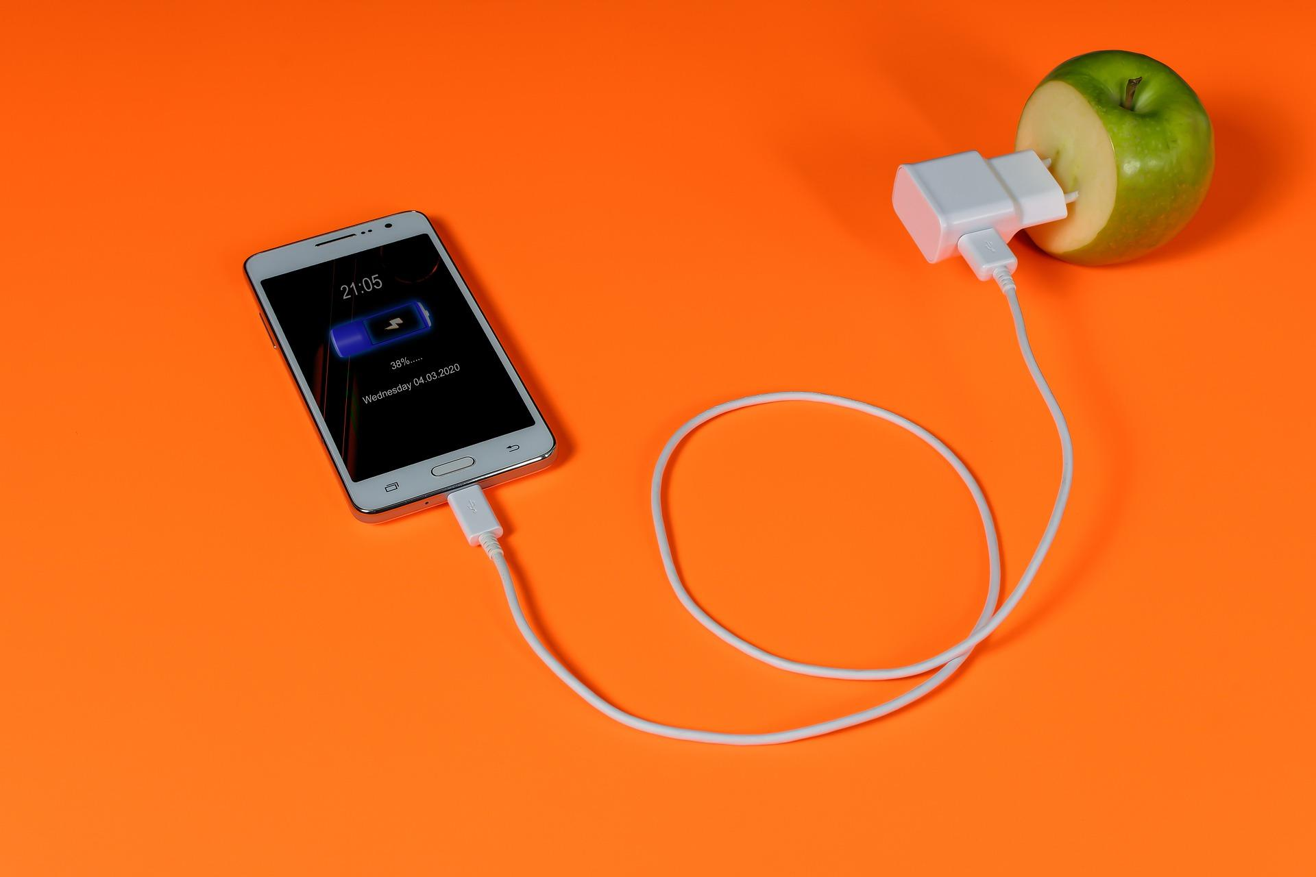 5 причин, по которым Android популярнее iPhone