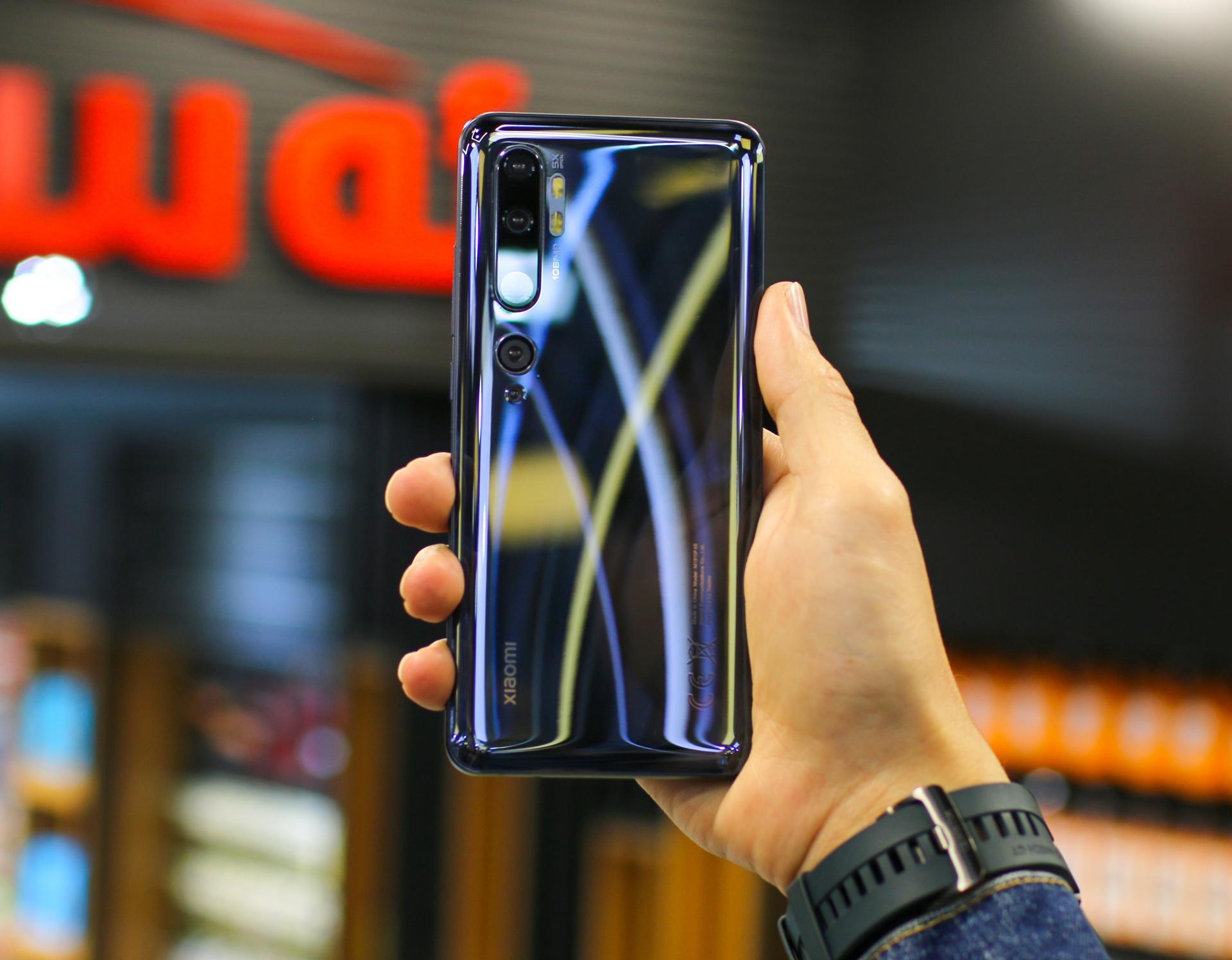 Не Samsung или Apple, а Xiaomi перетянула на себя покупателей Huawei