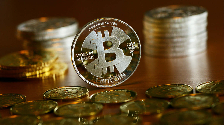 Ой, все: капитализация биткоина впервые достигла 1 триллиона долларов