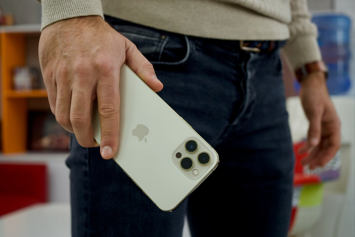 iPhone 12 Pro и iPhone 12 Pro Max в дефиците: покупателям приходится ждать смартфоны около месяца
