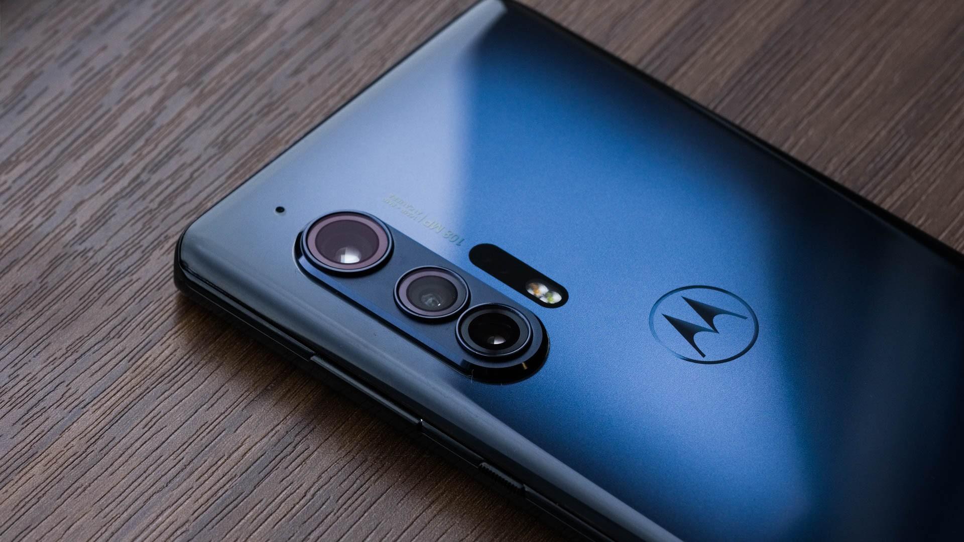 Motorola Edge S — так будет называться следующая флагманская серия смартфонов компании