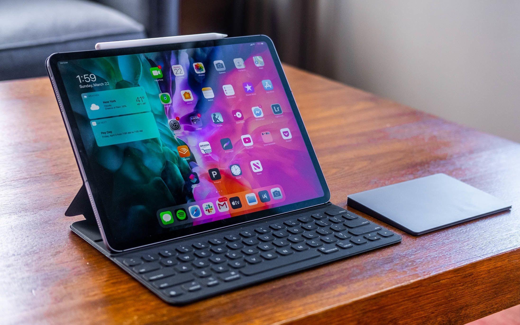 Bloomberg: новый iPad Pro получит поддержку Thunderbolt и чип с мощностью, как у Apple M1