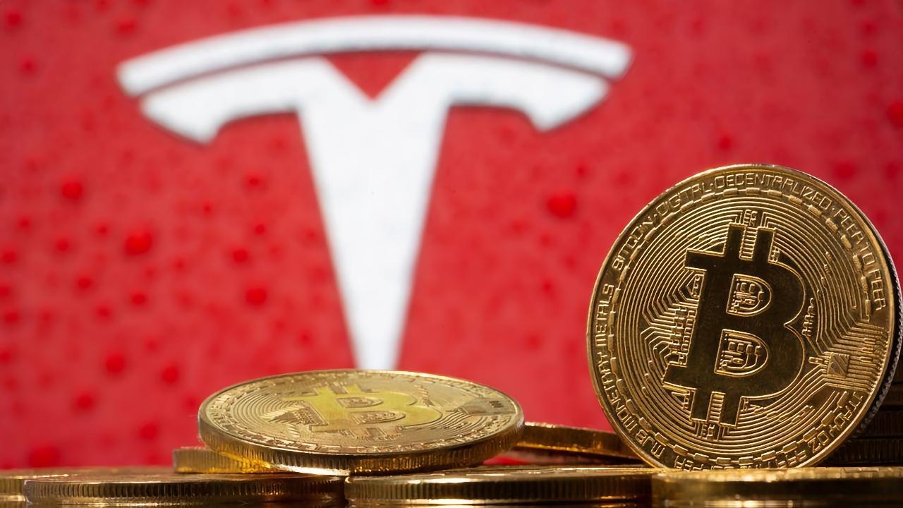 Илон Маск: электромобили Tesla теперь можно покупать за Bitcoin