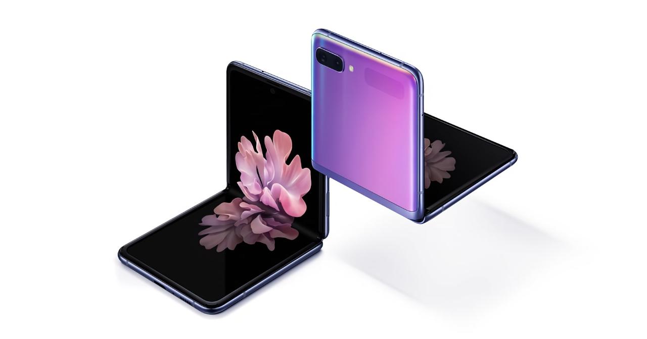 «Раскладушка» Samsung Galaxy Z Flip начала получать Android 11 с One UI 3.0