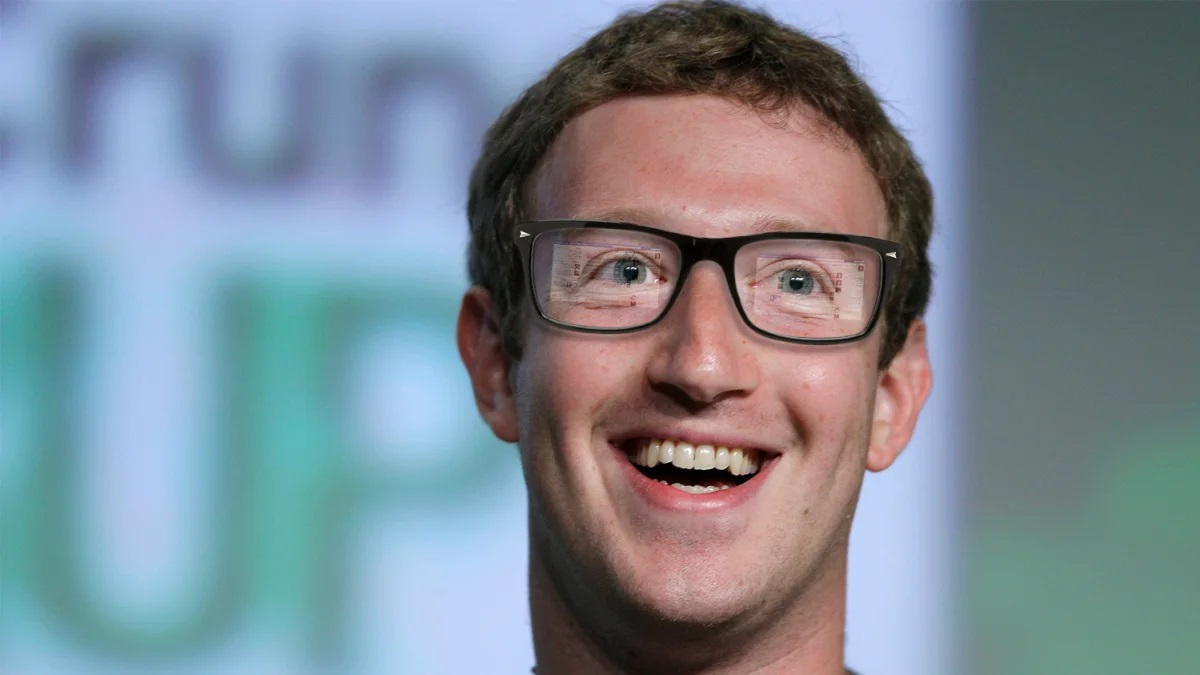 Официально: Facebook выпустит «умные» очки до конца этого года, но многого не ждите