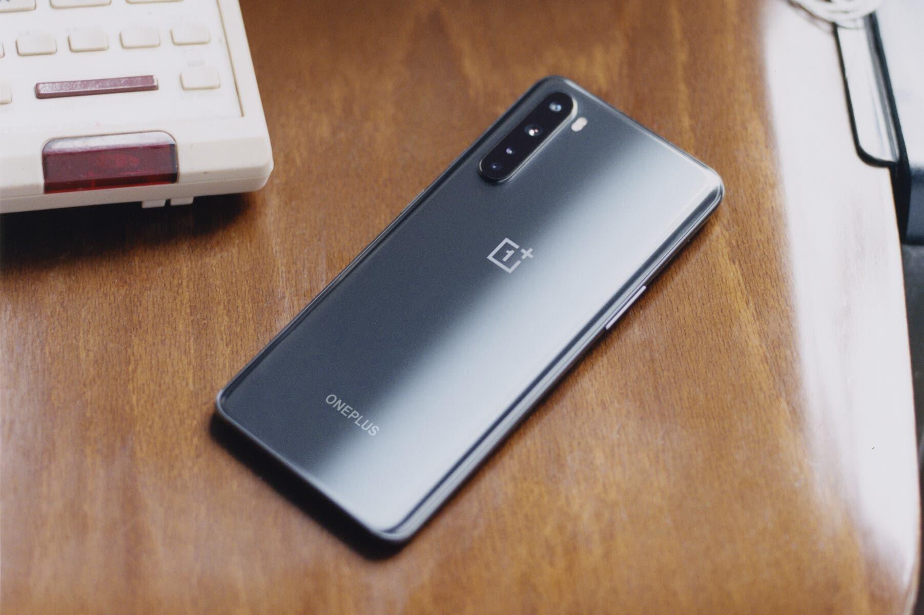 Источник: OnePlus Nord 2 получит флагманский чип MediaTek Dimensity 1200 и выйдет во втором квартале этого года