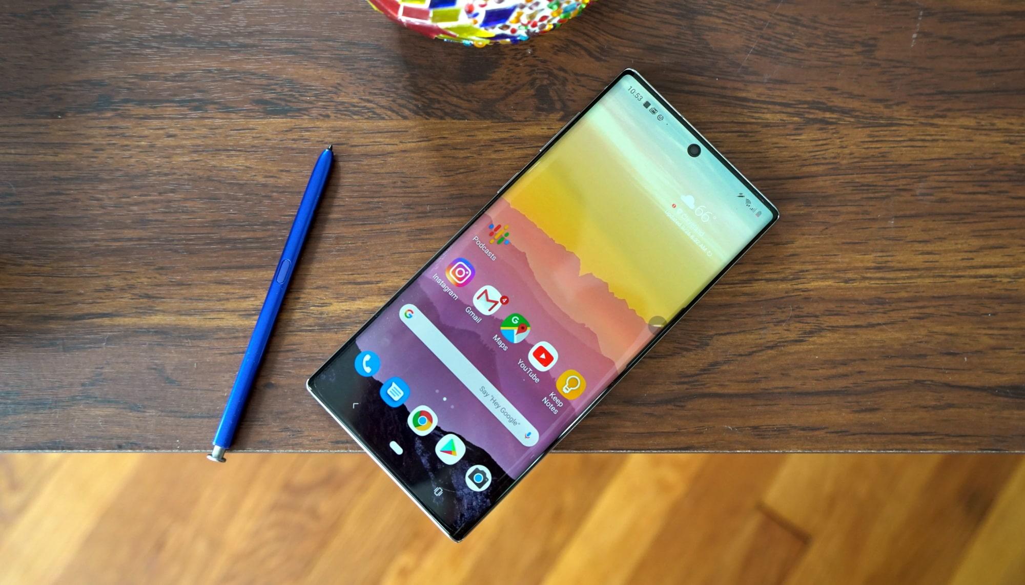 Нет, Samsung пока не собирается закрывать линейку смартфонов Galaxy Note