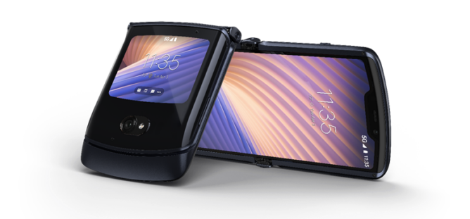 Смартфон Motorola RAZR с гибким экраном уже доступен для заказа в РФ
